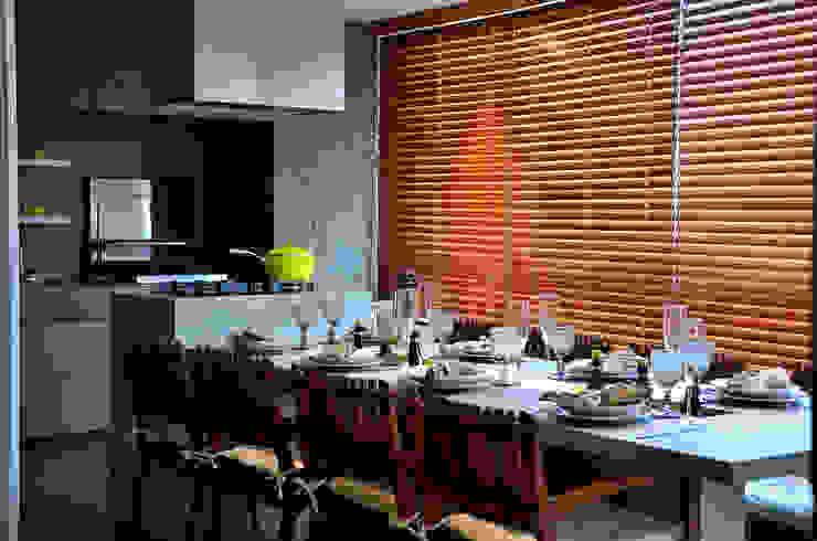Área Social com Design: Salas de jantar  por BG arquitetura   Projetos Comerciais,Moderno
