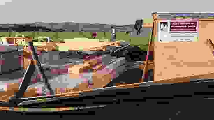 Casa en Uruguay (Construcción en 15 días) Superficie cubierta de 130 m2 Casas clásicas de Patagonia Log Homes - Arquitectos - Neuquén Clásico Derivados de madera Transparente