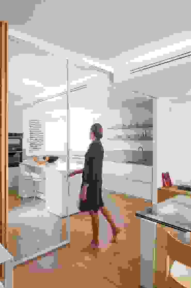 Didonè Comacchio Architects ครัวบิลท์อิน White