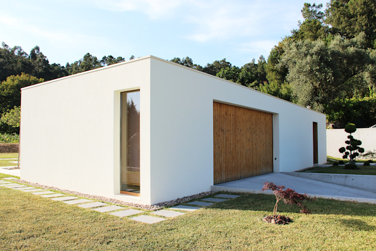 Qiarq . arquitectura+design Casas unifamilares Madera Blanco