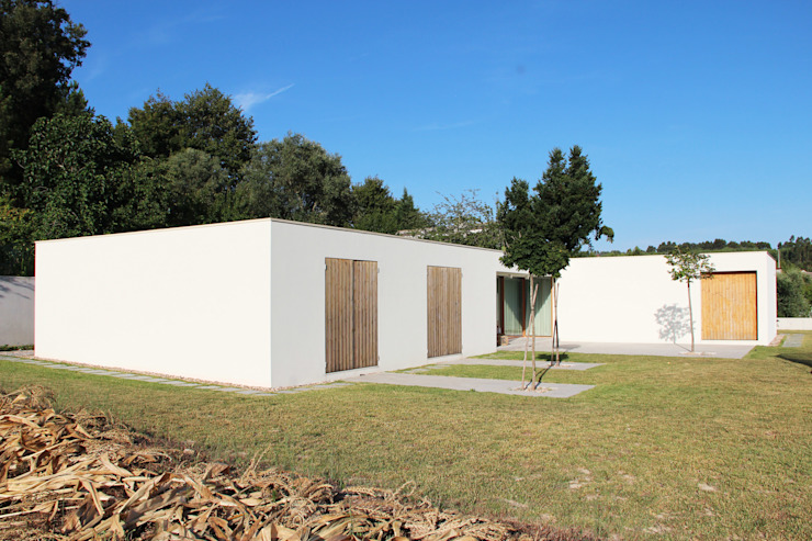 Qiarq . arquitectura+design Casas unifamilares Madera Verde