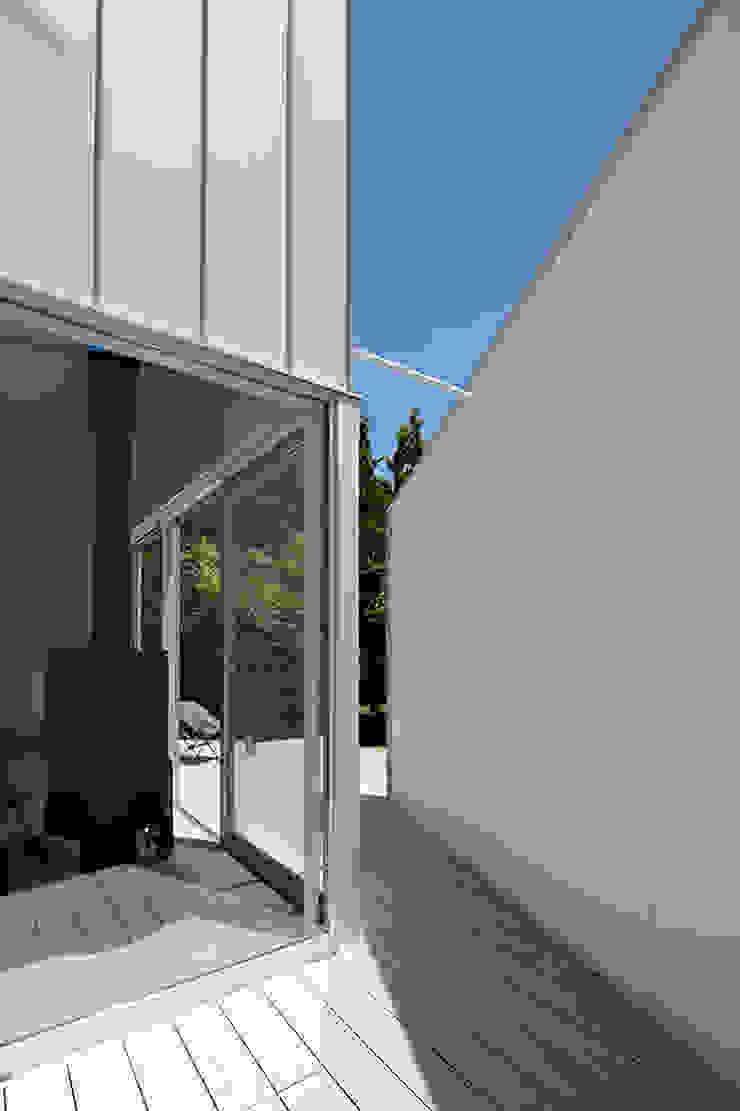 de 稲山貴則 建築設計事務所 Minimalista