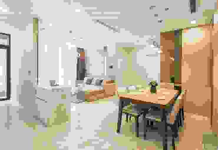 Thi công nội thất phong cách hiện đại trong căn hộ Vinhomes Golden River Phòng ăn phong cách hiện đại bởi ICON INTERIOR Hiện đại