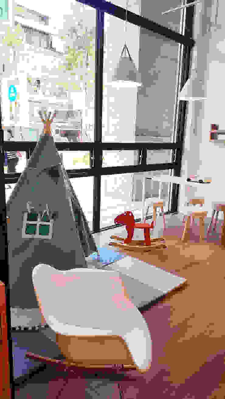 讓孩子玩耍的空間 XY DESIGN - XY 設計 Office spaces & stores