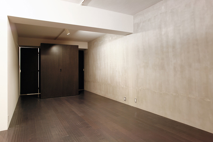 Dormitorios de estilo moderno de 一級建築士事務所アトリエソルト株式会社 Moderno
