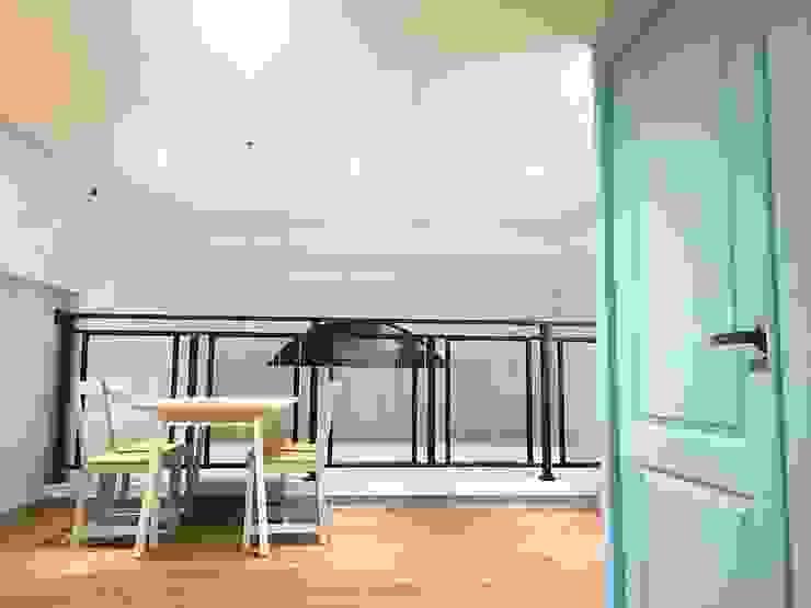 日系無印x法樂里咖啡館 根據 業傑室內設計 鄉村風 複合木地板 Transparent