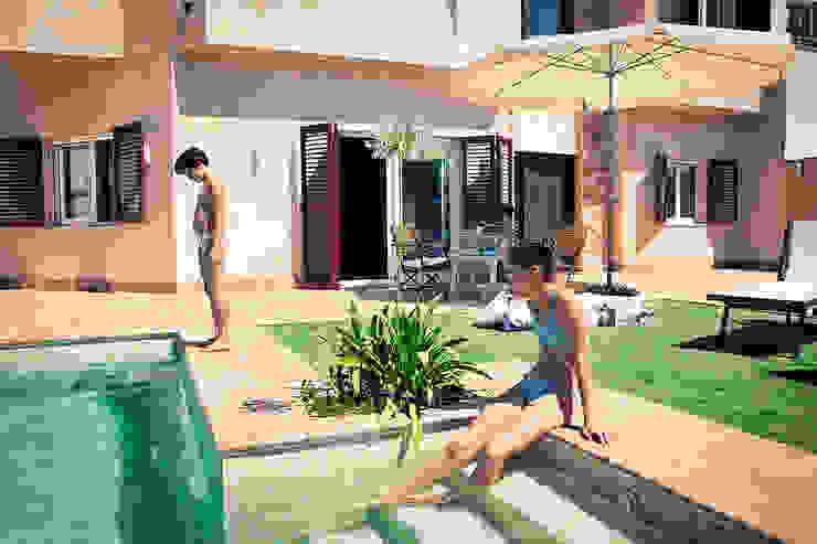 Mediterranean style garden by Idearte Marta Montoya Mediterranean