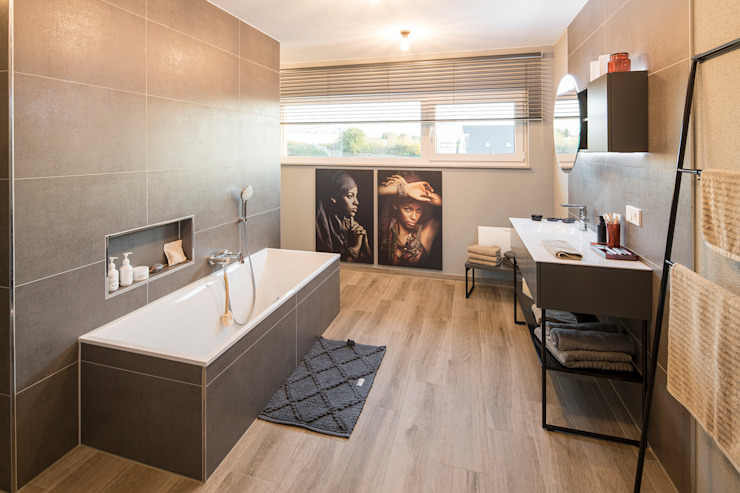 FingerHaus GmbH - Bauunternehmen in Frankenberg (Eder) Ванна кімната