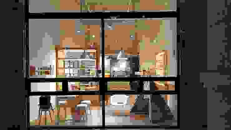 XY DESIGN - XY 設計 Maisons scandinaves