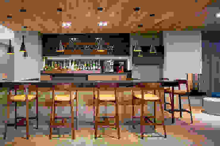Marriott Fairfield Inn and Suites Aguascalientes - ARCO Arquitectura Contemporánea Hoteles de estilo moderno de ARCO Arquitectura Contemporánea Moderno