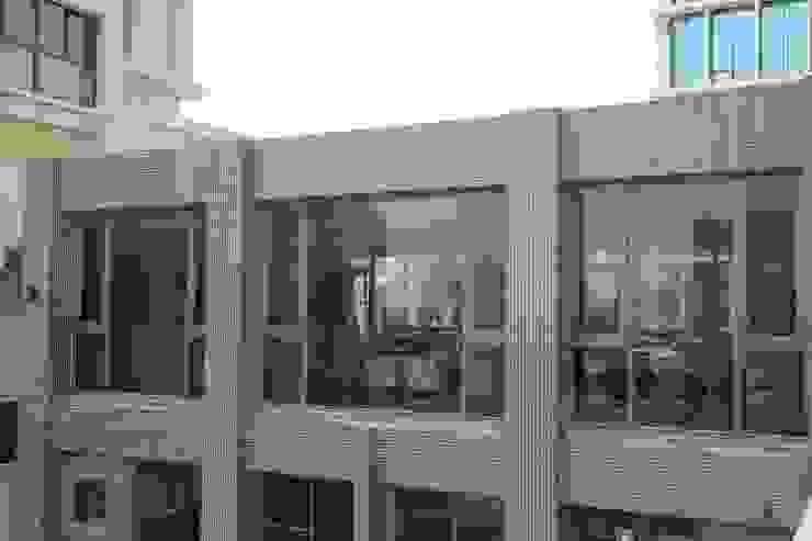交誼廳外景-1 根據 鵝牌氣密窗-台中直營店