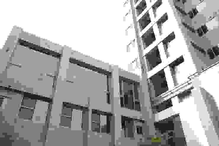 交誼廳外景-2 根據 鵝牌氣密窗-台中直營店