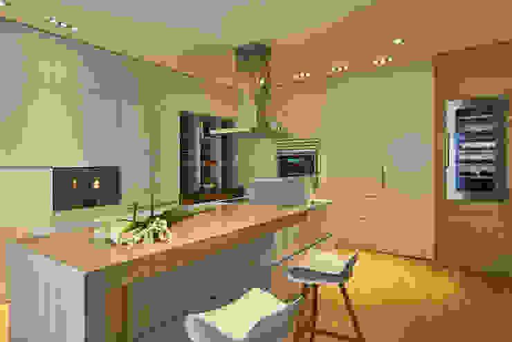 Кухни в . Автор – Sammarro Architecture Studio, Модерн