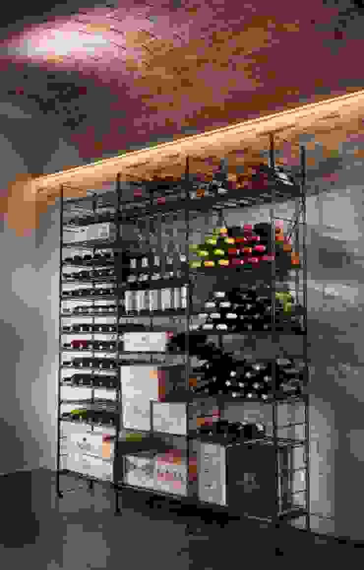 ShoWine Bodegas de vino de estilo moderno