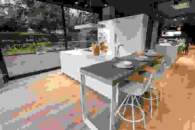 SANTOS VAGUADA Built-in kitchens White