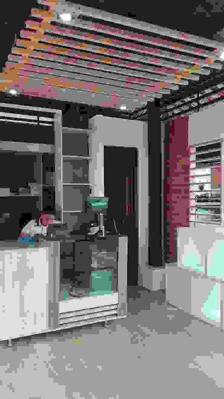 Tienda 1: Interior de MARROOM | Diseño Interior - Diseño Industrial