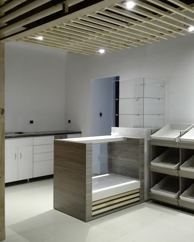 Tienda 2: Mobiliarios de MARROOM | Diseño Interior - Diseño Industrial