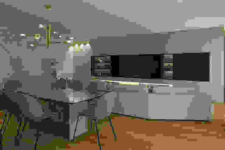 modern  door 411 - Design e Arquitectura de Interiores, Modern