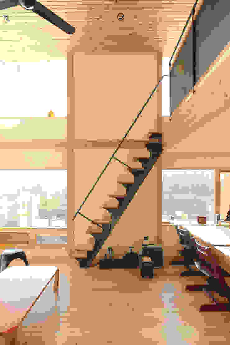 すわ製作所 Stairs Iron/Steel Black