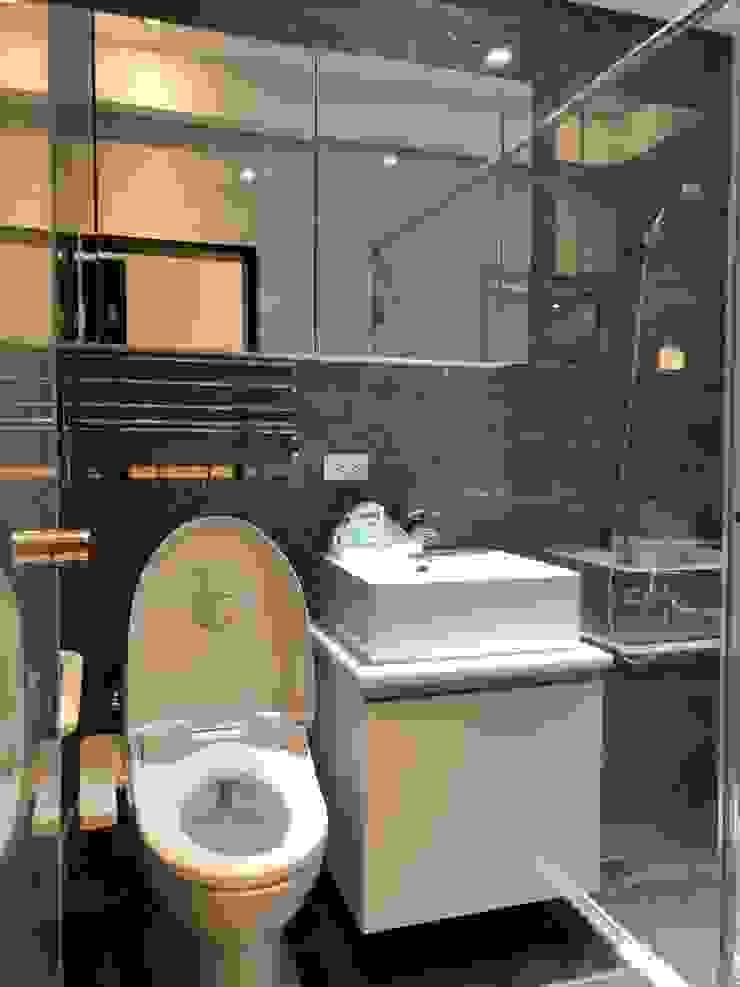五股成泰路 開放式廚房 造型吧台設計 現代浴室設計點子、靈感&圖片 根據 捷士空間設計(省錢裝潢) 現代風