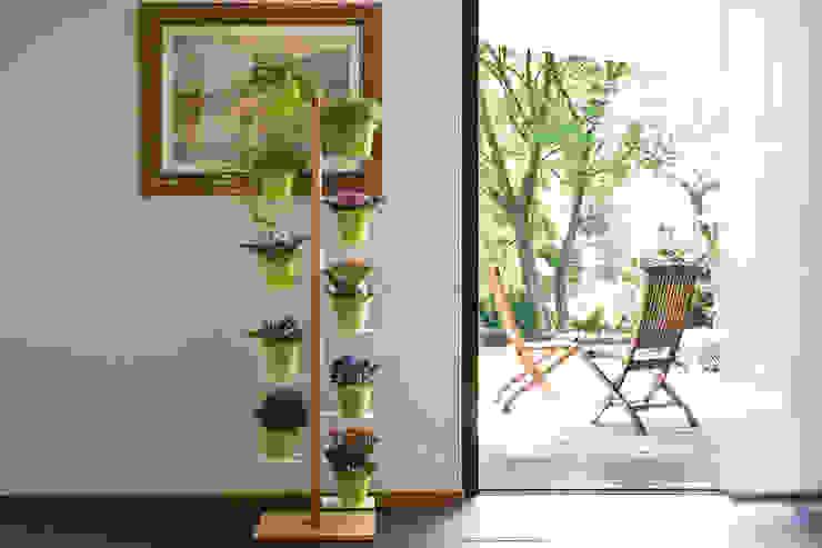Le zie di Milano GartenBlumentöpfe und Vasen Massivholz
