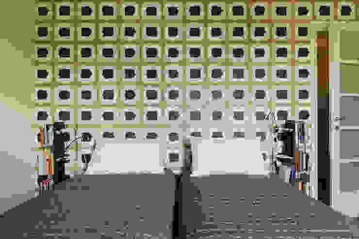 Le zie di Milano SchlafzimmerKleiderschränke und Kommoden Massivholz Schwarz