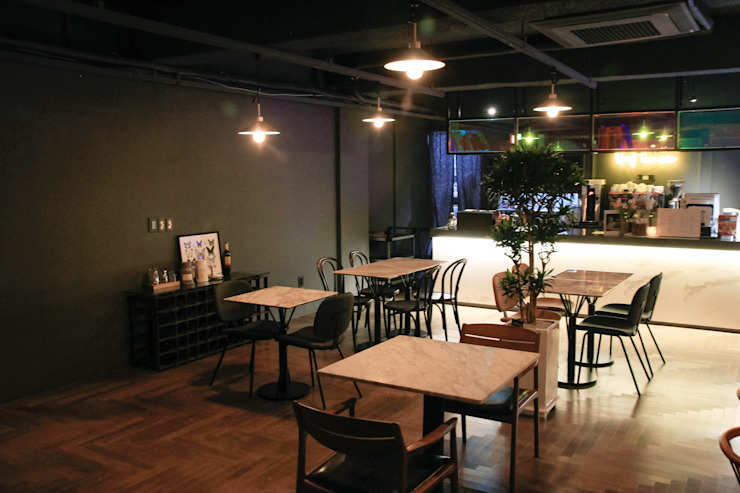 이태원 루프탑 레스토랑 루프테라스: 그리다집의 현대 ,모던