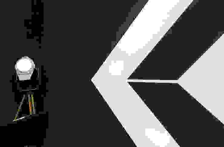 La decorazione a parete. Rifò StudioAccessori & Decorazioni Cemento armato Nero