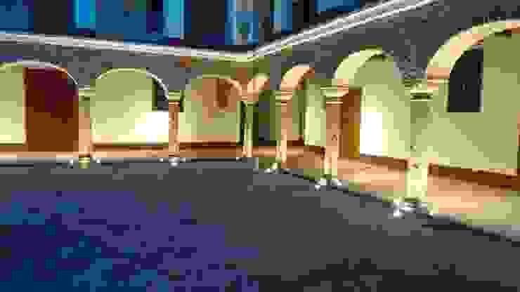 Iluminacion Patio Interior Principal:  de estilo colonial por JLS ILUMINACIONES S.A.S., Colonial