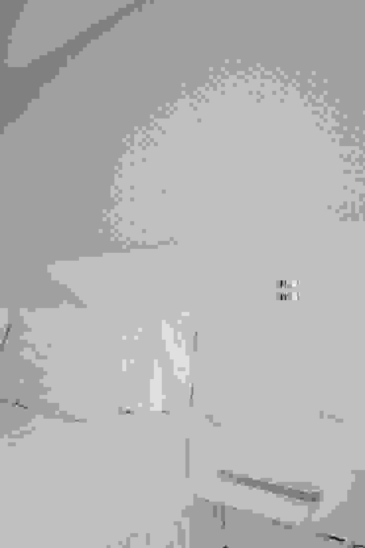 habitación principal Habitaciones modernas de Monica Saravia Moderno