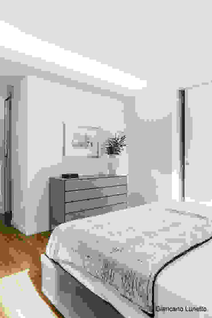 Ignazio Buscio Architetto Modern Bedroom Wood White