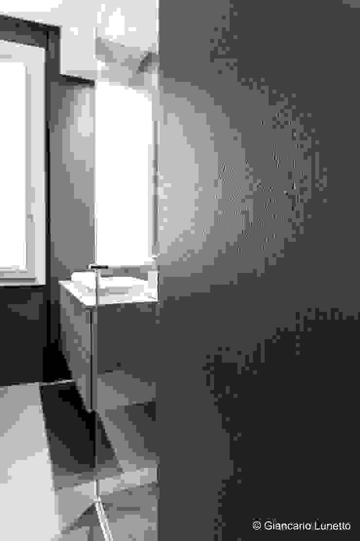 Ignazio Buscio Architetto Modern Bathroom Iron/Steel Brown
