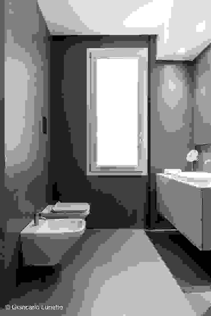 Ignazio Buscio Architetto Modern Bathroom Ceramic Brown