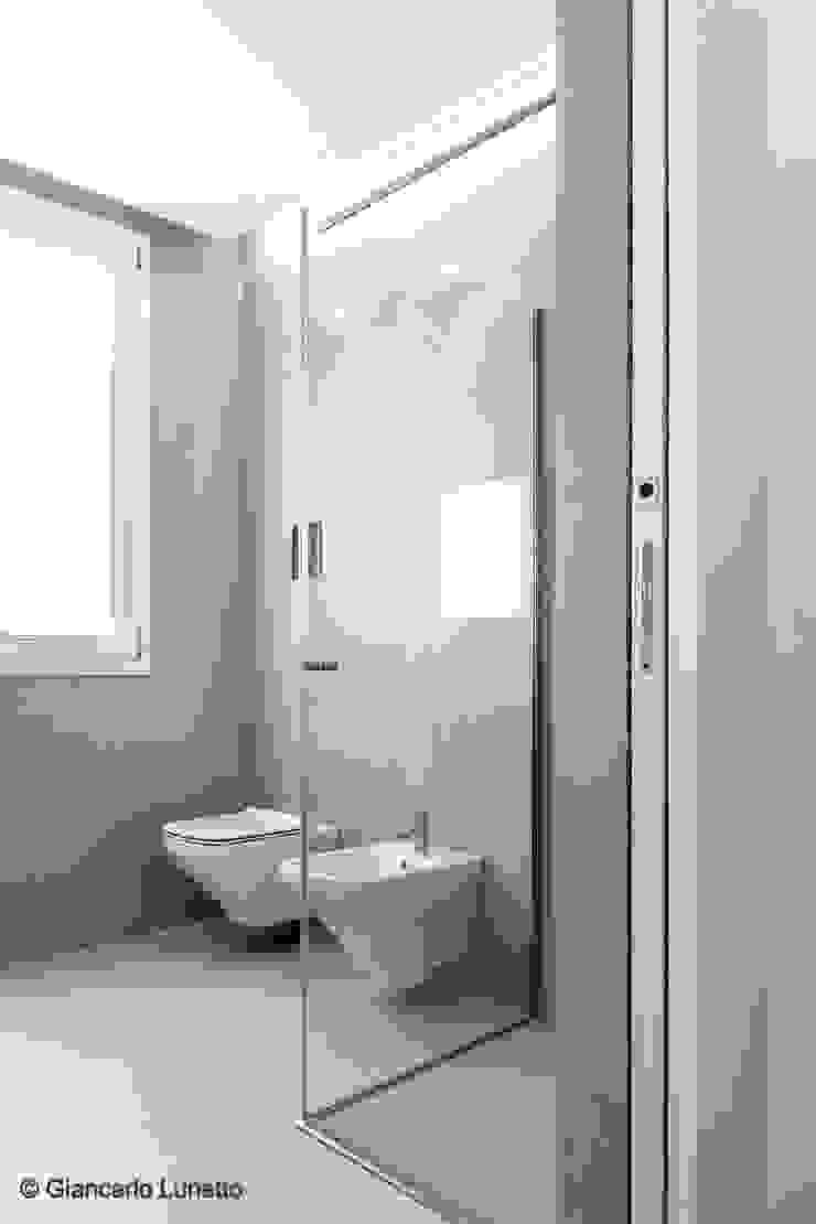 Ignazio Buscio Architetto Modern Bathroom Ceramic Beige