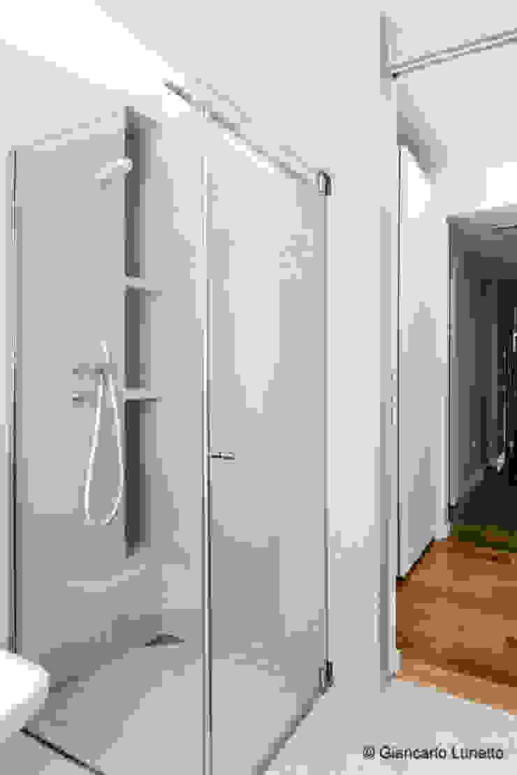 Ignazio Buscio Architetto Modern Bathroom Glass Beige