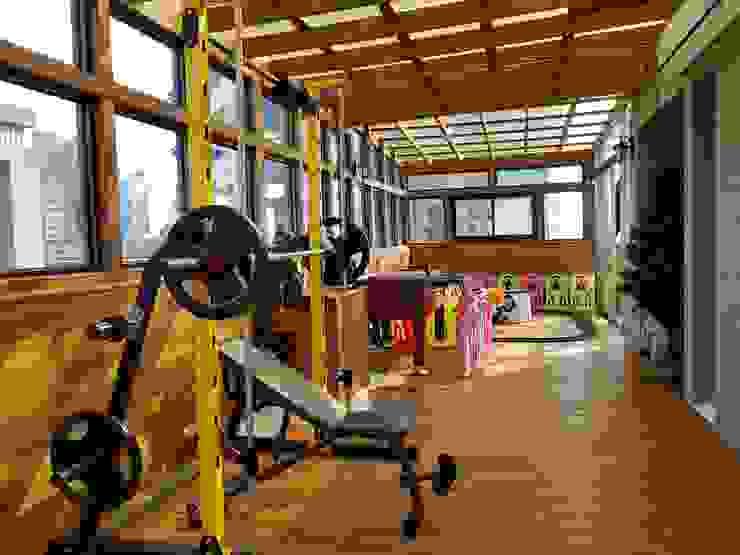 園匠工坊-採光罩 玻璃屋 小木屋 露台 南方松木作工程의 에클레틱 , 에클레틱 (Eclectic)
