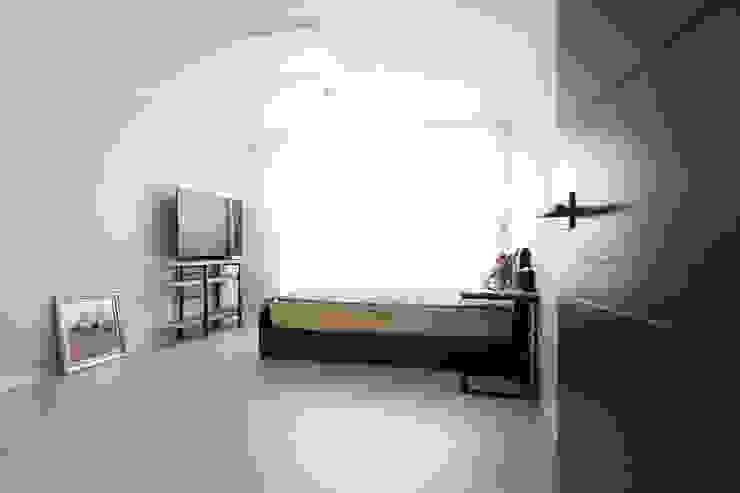 구로구 한솔아파트 38평 모던스타일 미디어 룸 by 디자인담다 모던