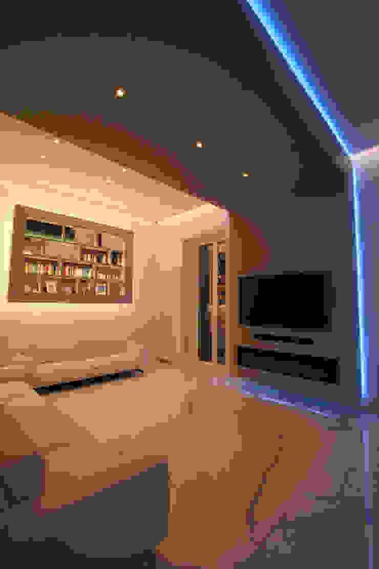 Imperatore Architetti Moderne Wohnzimmer