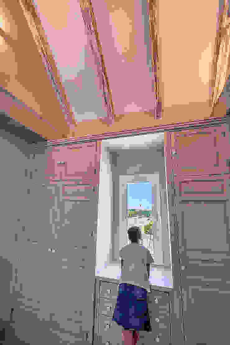 Mediterranean style nursery/kids room by Idearte Marta Montoya Mediterranean