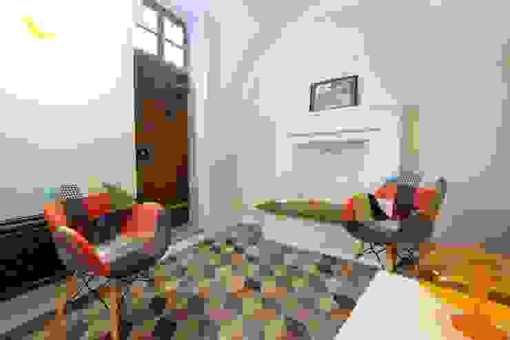 architetto Davide Fornero Livings de estilo moderno Concreto Beige