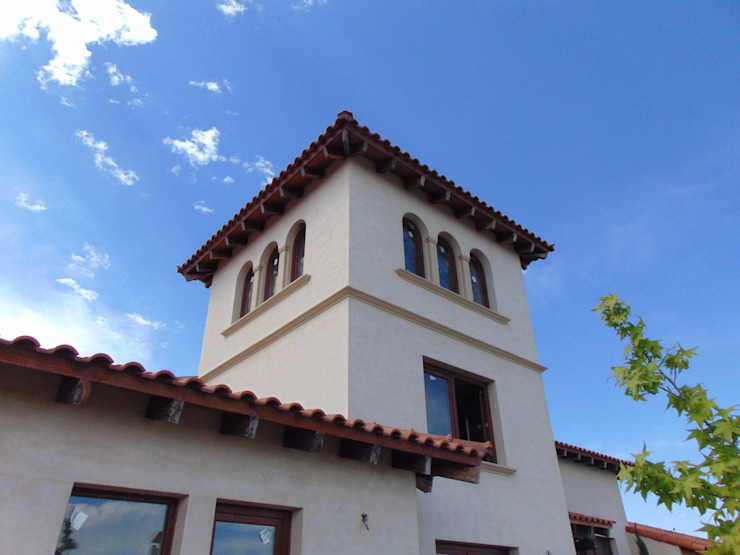 Vivienda en Algodon - Lote E26: Casas de campo de estilo  por Azcona Vega Arquitectos,Colonial