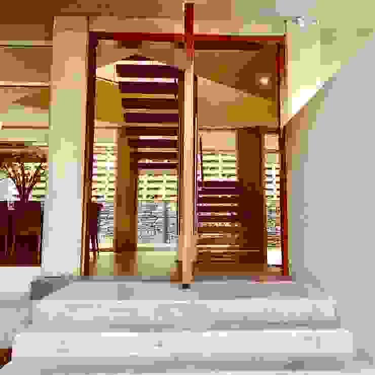 Lomas Altas de RFoncerrada arquitectos Minimalista Concreto