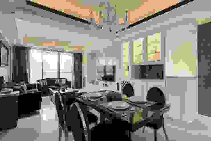 客廳展示櫃 根據 鼎士達室內裝修企劃 古典風 實木 Multicolored