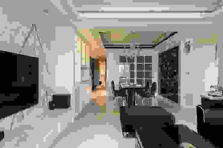客廳 根據 鼎士達室內裝修企劃 古典風 大理石