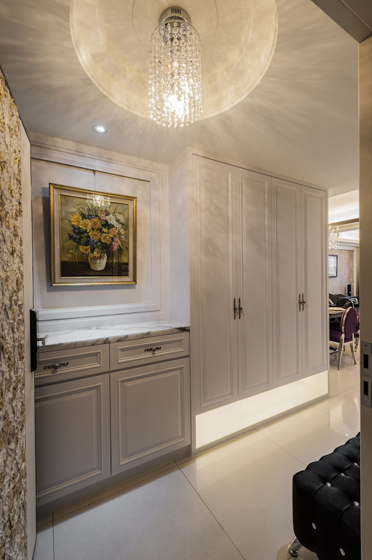 玄關 經典風格的走廊,走廊和樓梯 根據 鼎士達室內裝修企劃 古典風 木頭 Wood effect