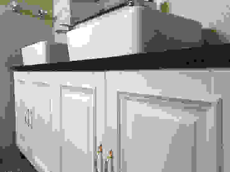 PT. Leeyaqat Karya Pratama BathroomStorage