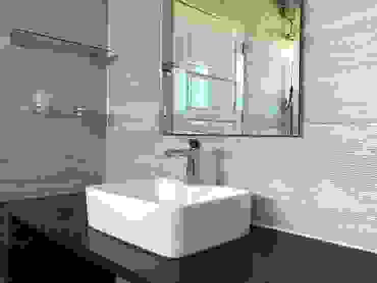 sink 2 Oleh PT. Leeyaqat Karya Pratama Asia