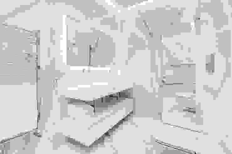 Ванная комната в стиле модерн от EF_Archidesign Модерн