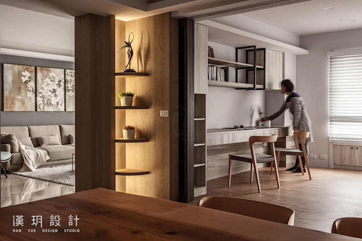 玻璃拉門隔開書房與餐廳 根據 漢玥室內設計 現代風