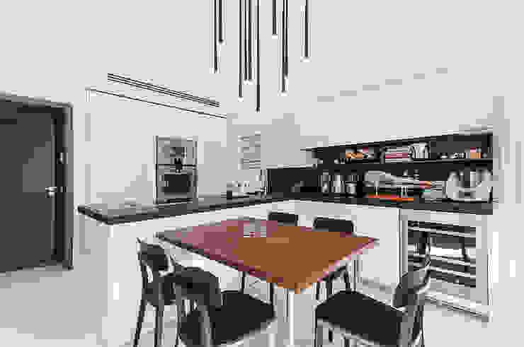 Imperatore Architetti Modern kitchen